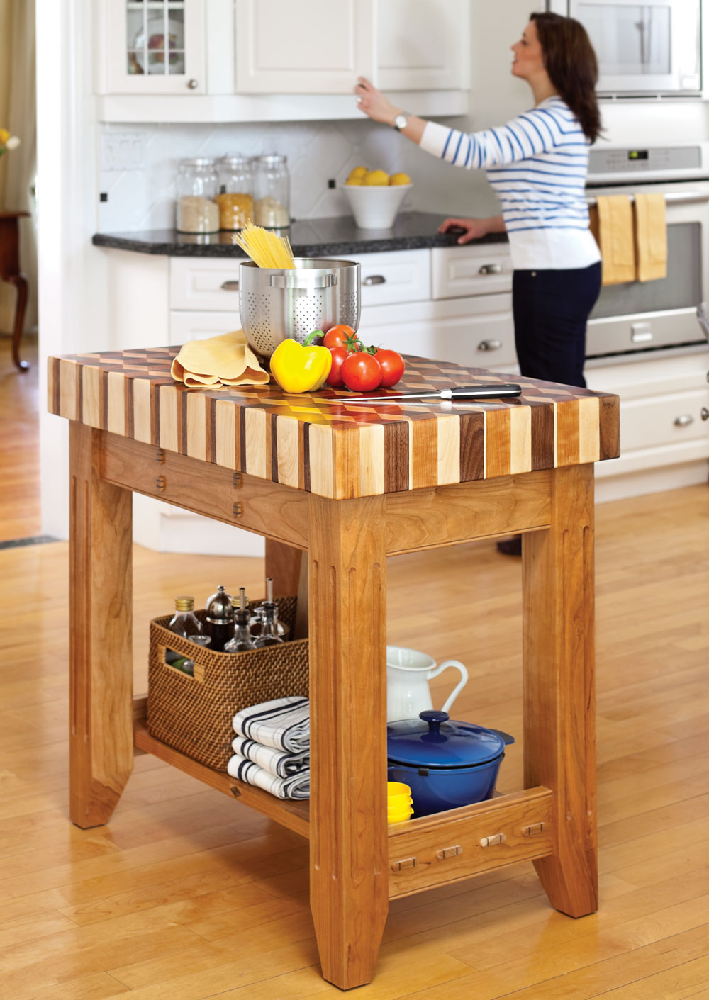 What Is A Kitchen Island With Pictures: How To Make Kitchen Island Plans?