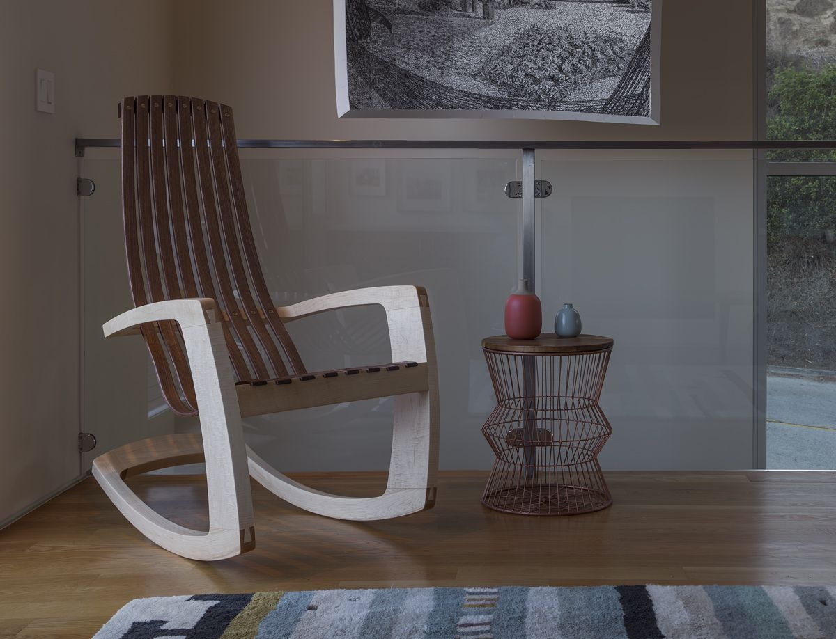 Getting The Stylish Modern Rocking Chair For Your Comfy
