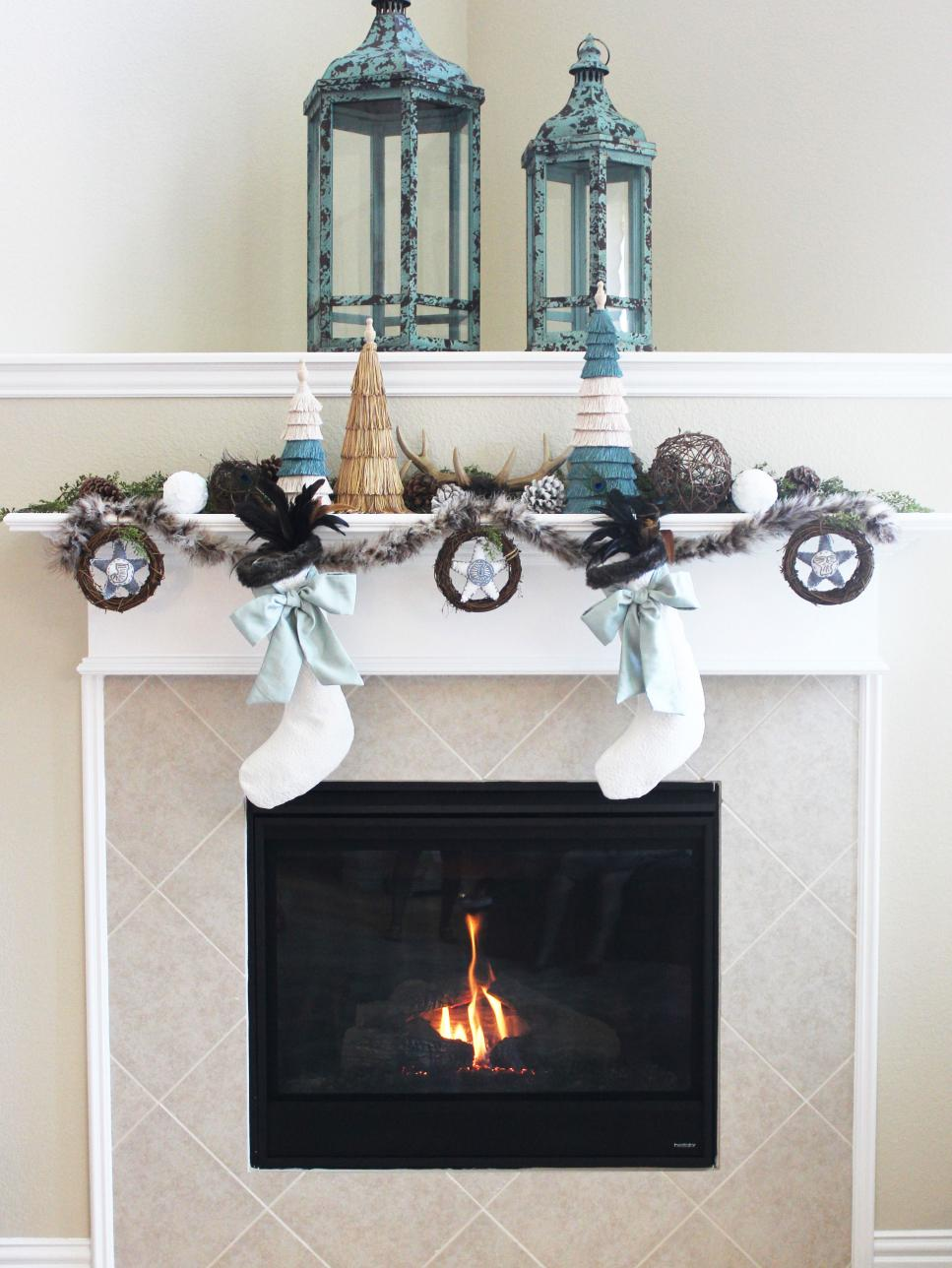 use blue metal lanterns to decorate christmas fireplace mantel decor for interesting sitting room - Images Of Fireplace Mantels Decorated For Christmas