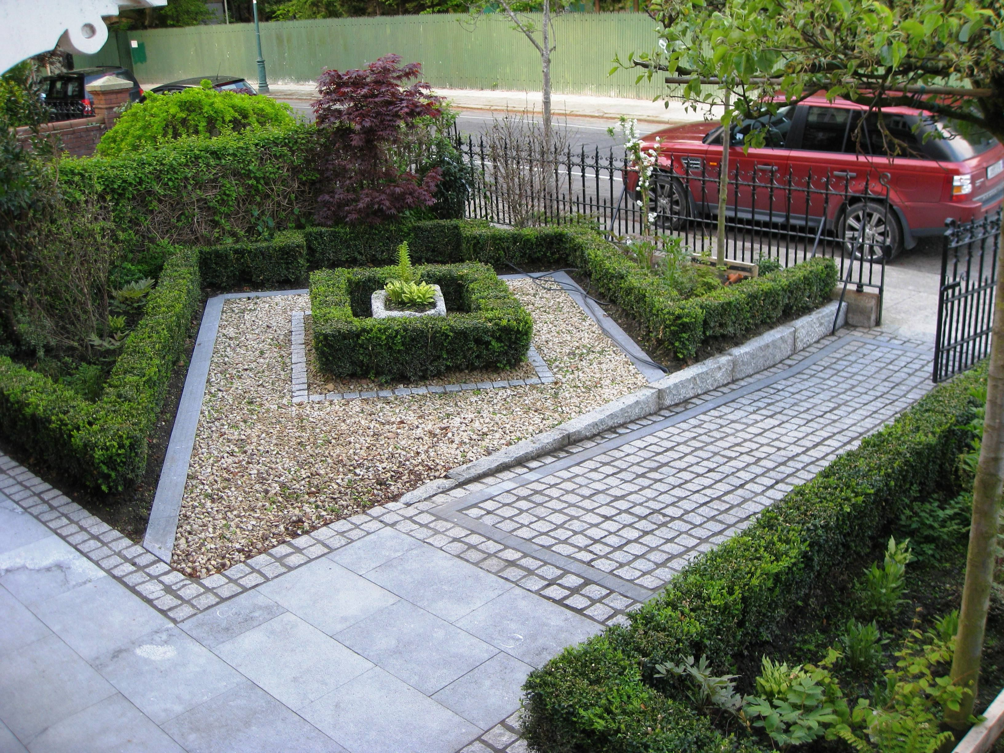 Various front yard ideas for beginners who want to for Front garden design plans