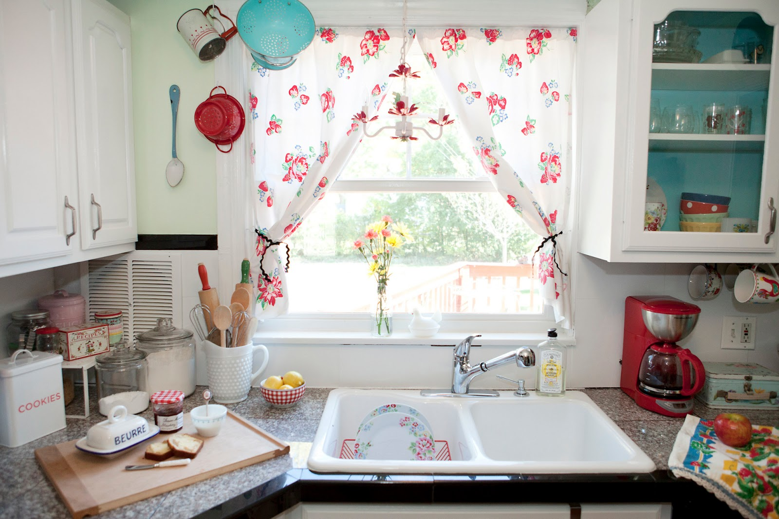 Vintage White Kitchen Window Curtains In Small Kitchen With White Sink And  Grey Granite Countertop