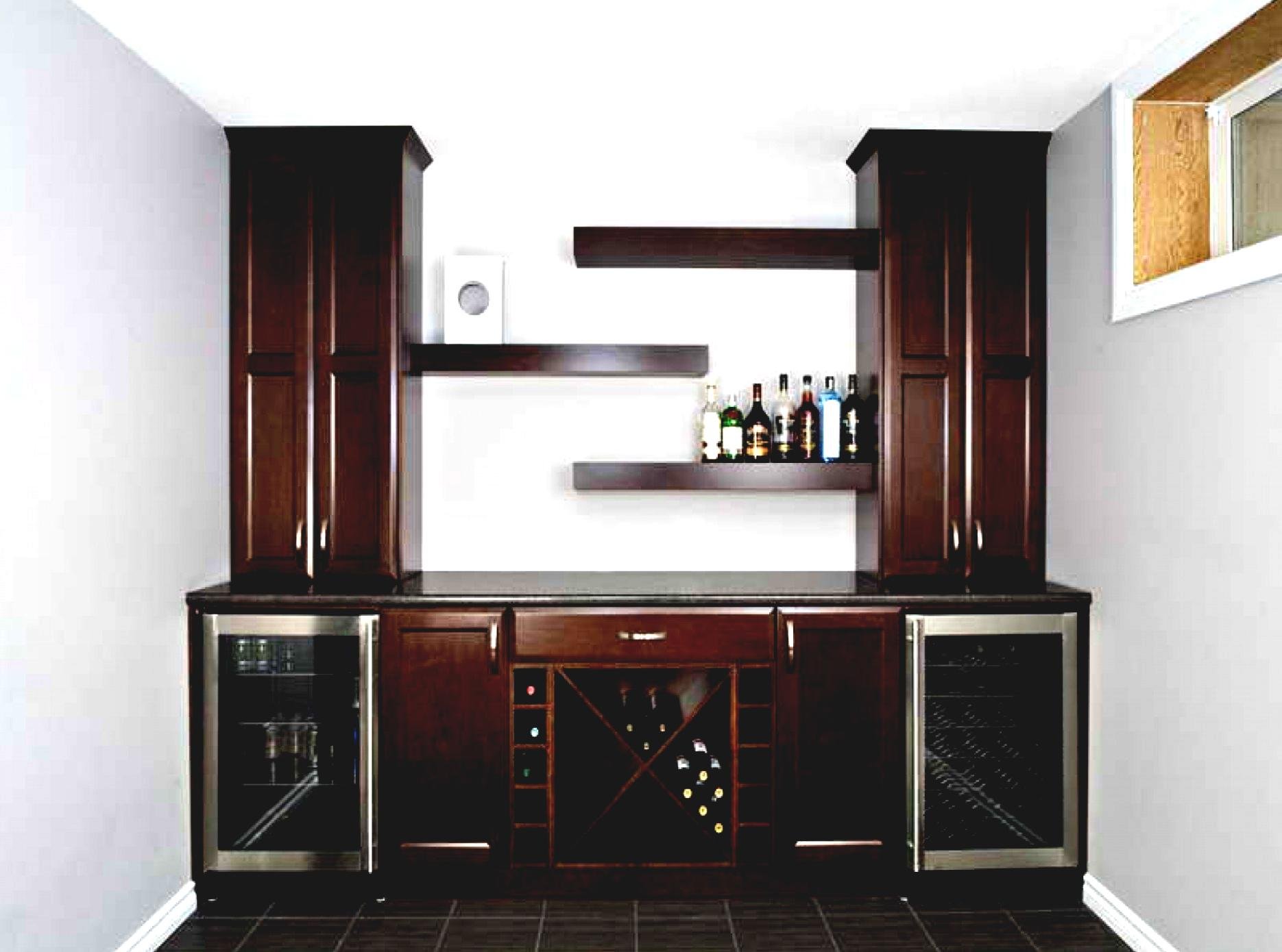 Some inspiring yet helpful wet bar ideas for any of you who want to get a refreshing nook at for Kitchen with mini bar design