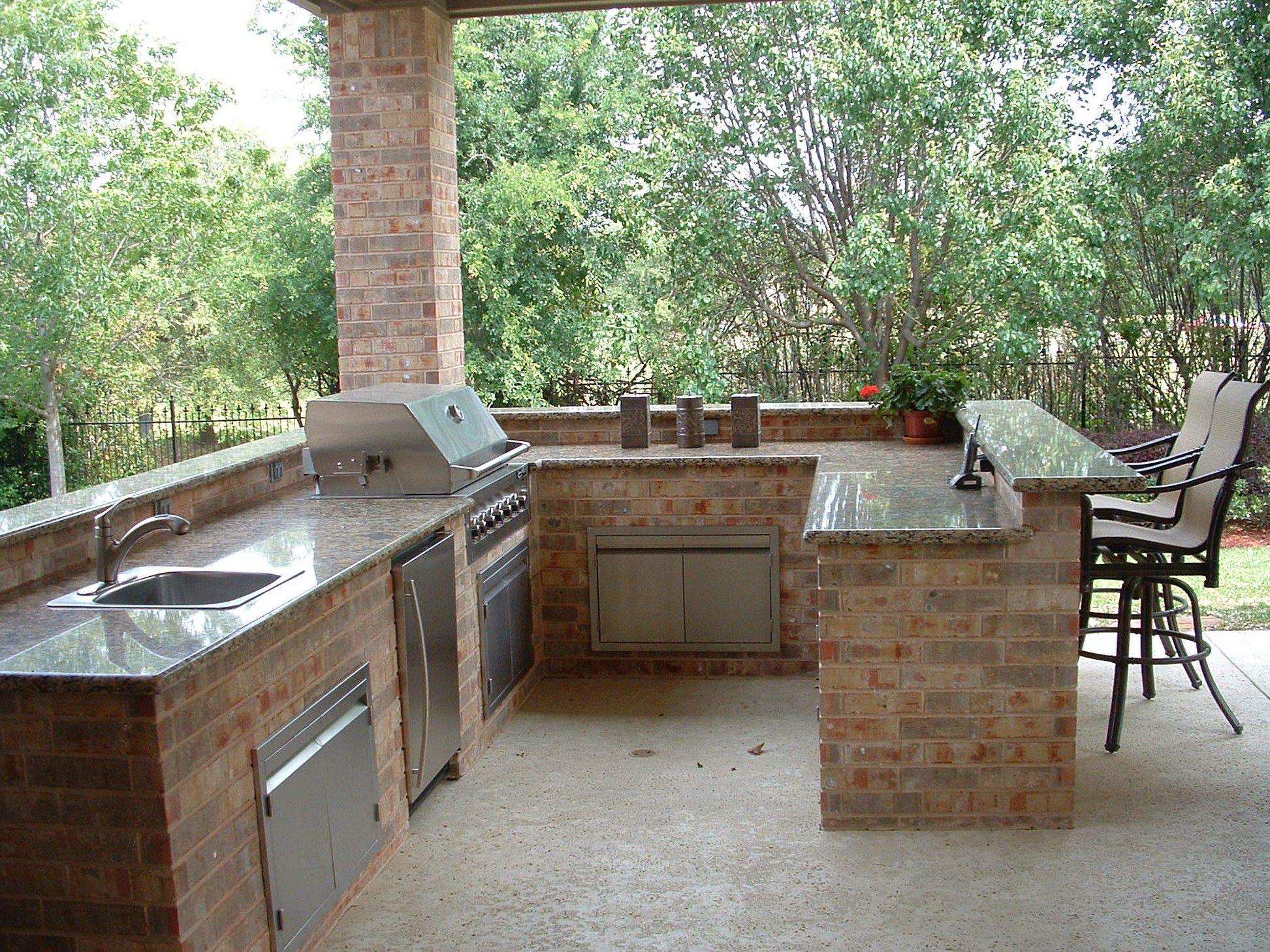 Appealing Design Of The Grey Marble Tops Added With Brown Chairs As The Outdoor Bar Ideas