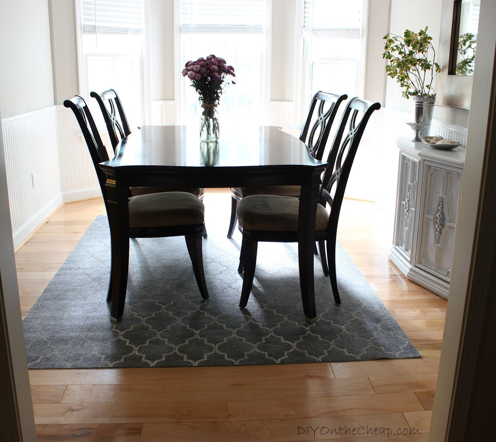 Kitchen Table On Rug: How To Create Perfect Modern Dining Room