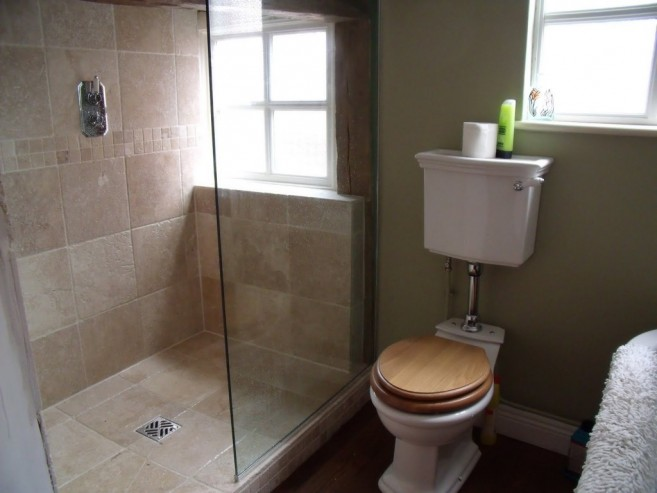 Awful Bathroom With Neat Floor Tile Designs For Shower Area