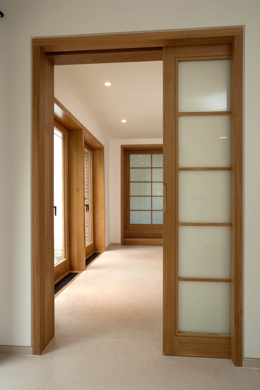 Choosing the right ideas of sliding interior doors for