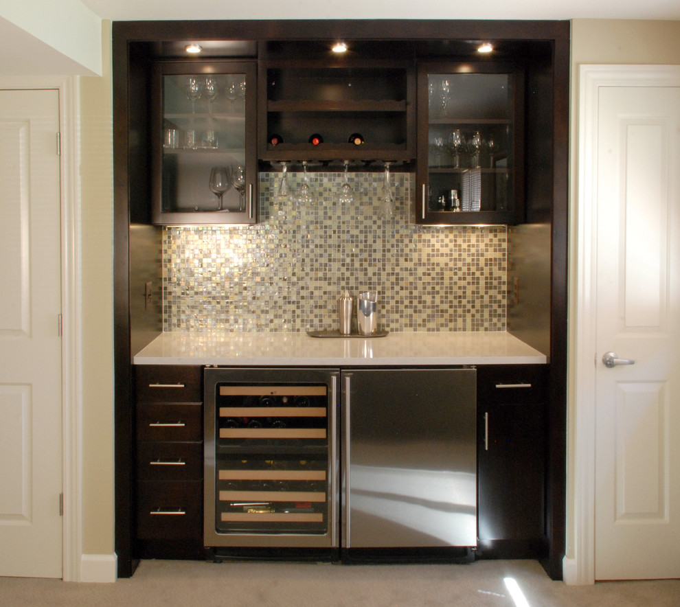 Some inspiring yet helpful wet bar ideas for any of you who want to get a refreshing nook at - Wet bar cabinets ...