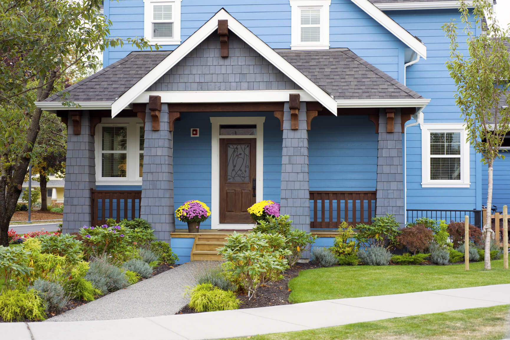 Curb Appeal Looks To Get Your House Sold Faster Tips And