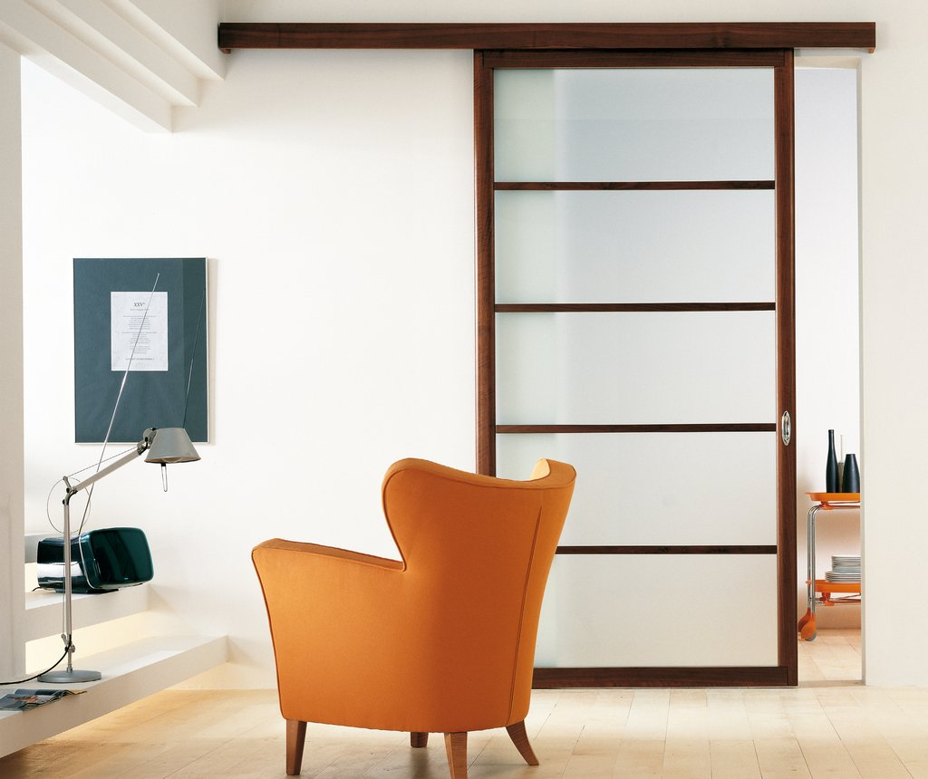 Frantic Room With Arch Table Lamp also Orange Arm Chair