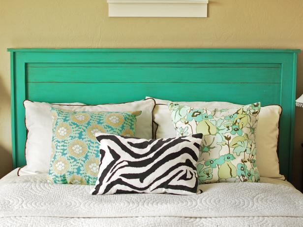 Fresh Green Color Accent in Best Furniture close Calm Wall