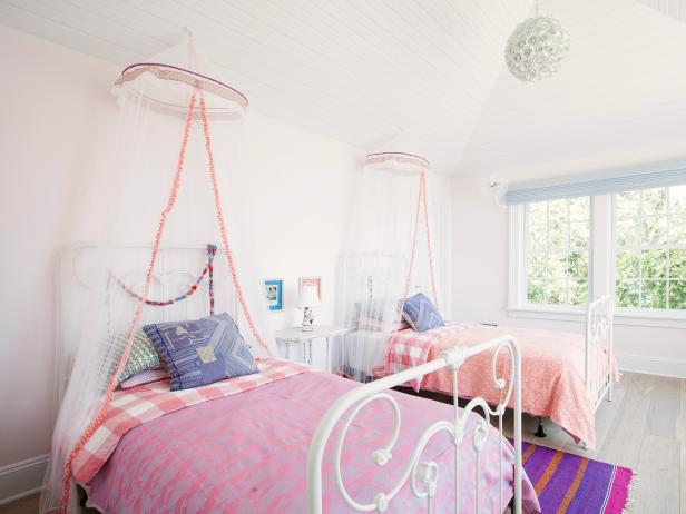 Bed Canopy With Lights For Any Whimsical Look   MidCityEast