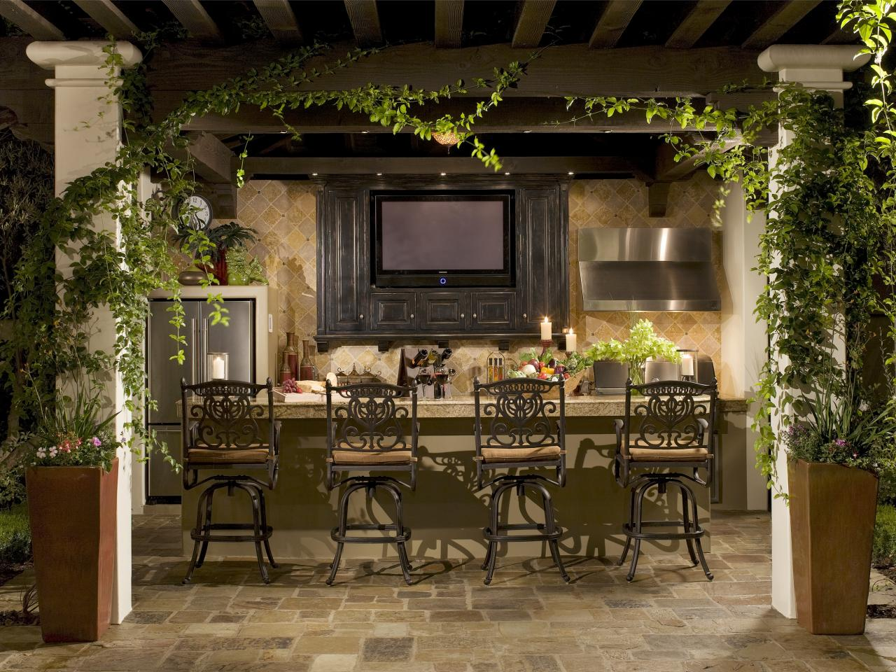 Lovely Design Of The Patio Areas With Brown Wooden Table And Chairs As The Outdoor Bar Ideas