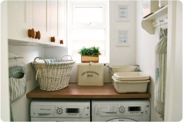 Magnificent Rattan Basket and Hanging Shelve To Decorate Laundry Room