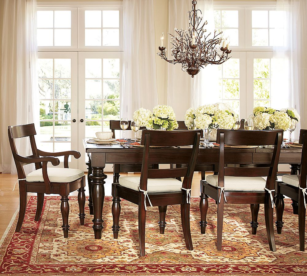 Simple ideas on the dining room table decor midcityeast for Breakfast room furniture ideas