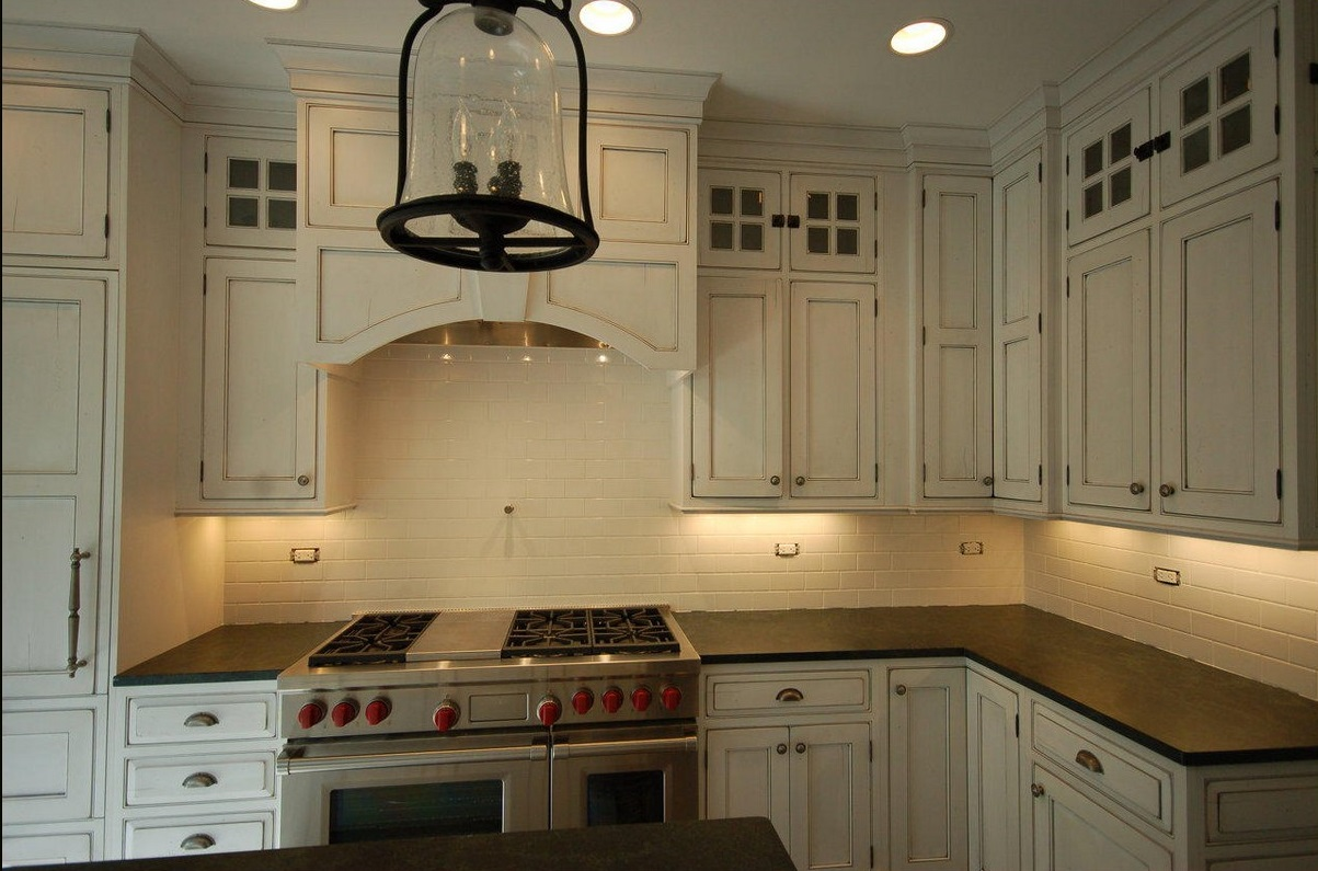 A Wide Range Of Interesting Subway Tile Kitchen Options