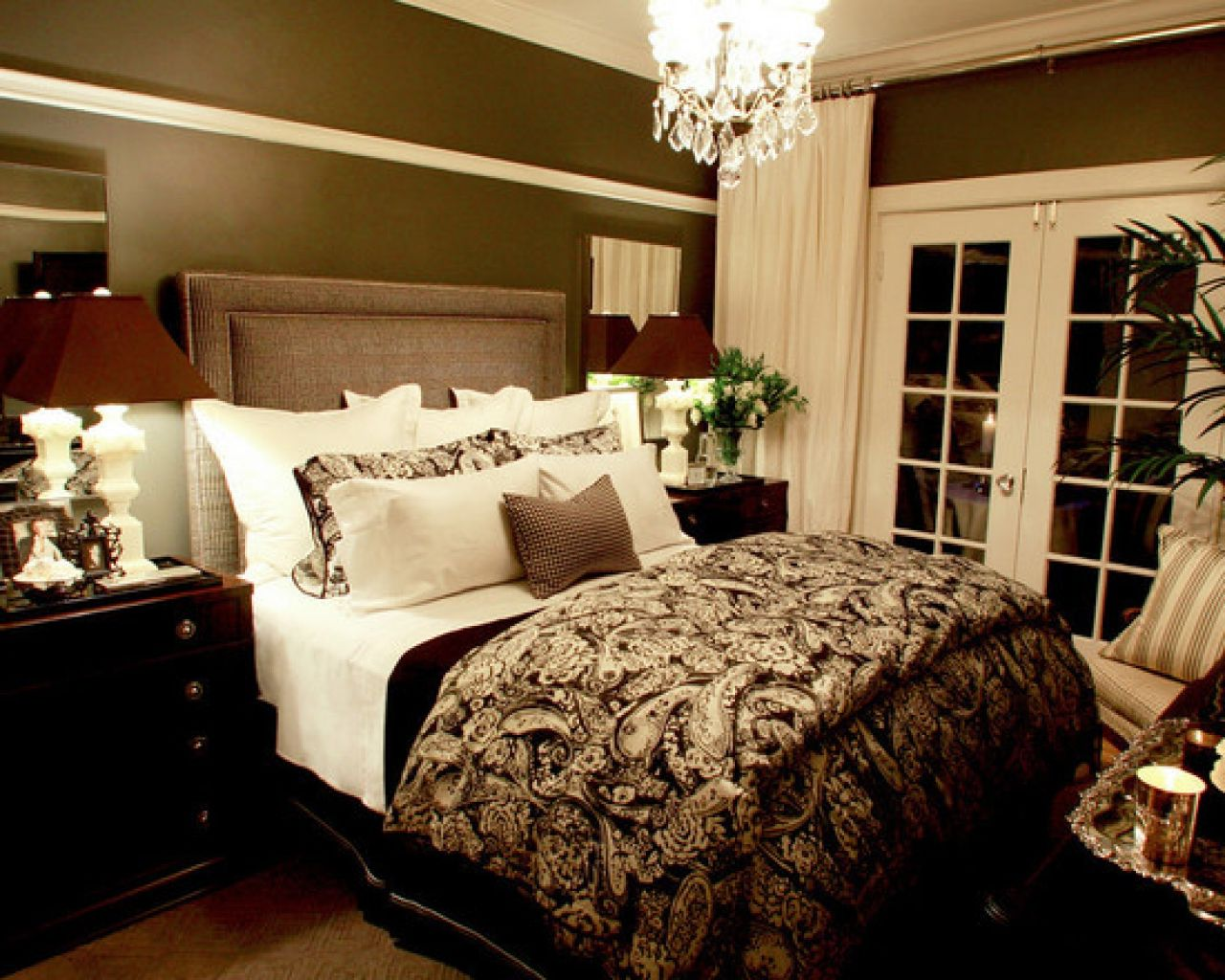 Apply Romantic Bedroom Ideas for