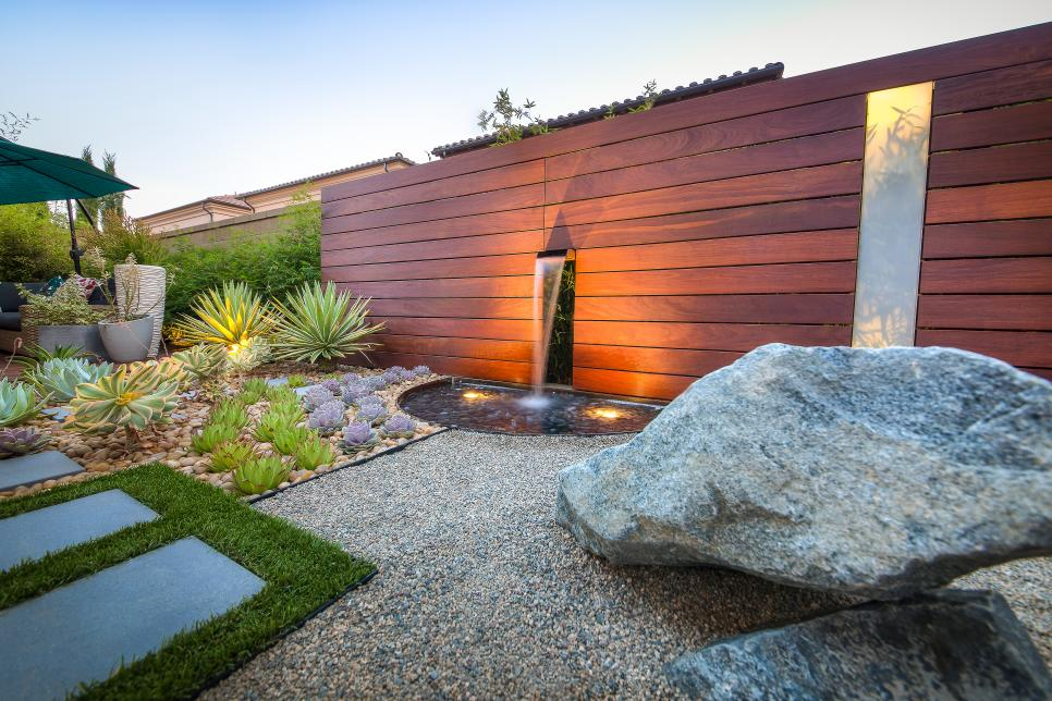Stylish Design Of Japanese Garden With Water Fall on Wall