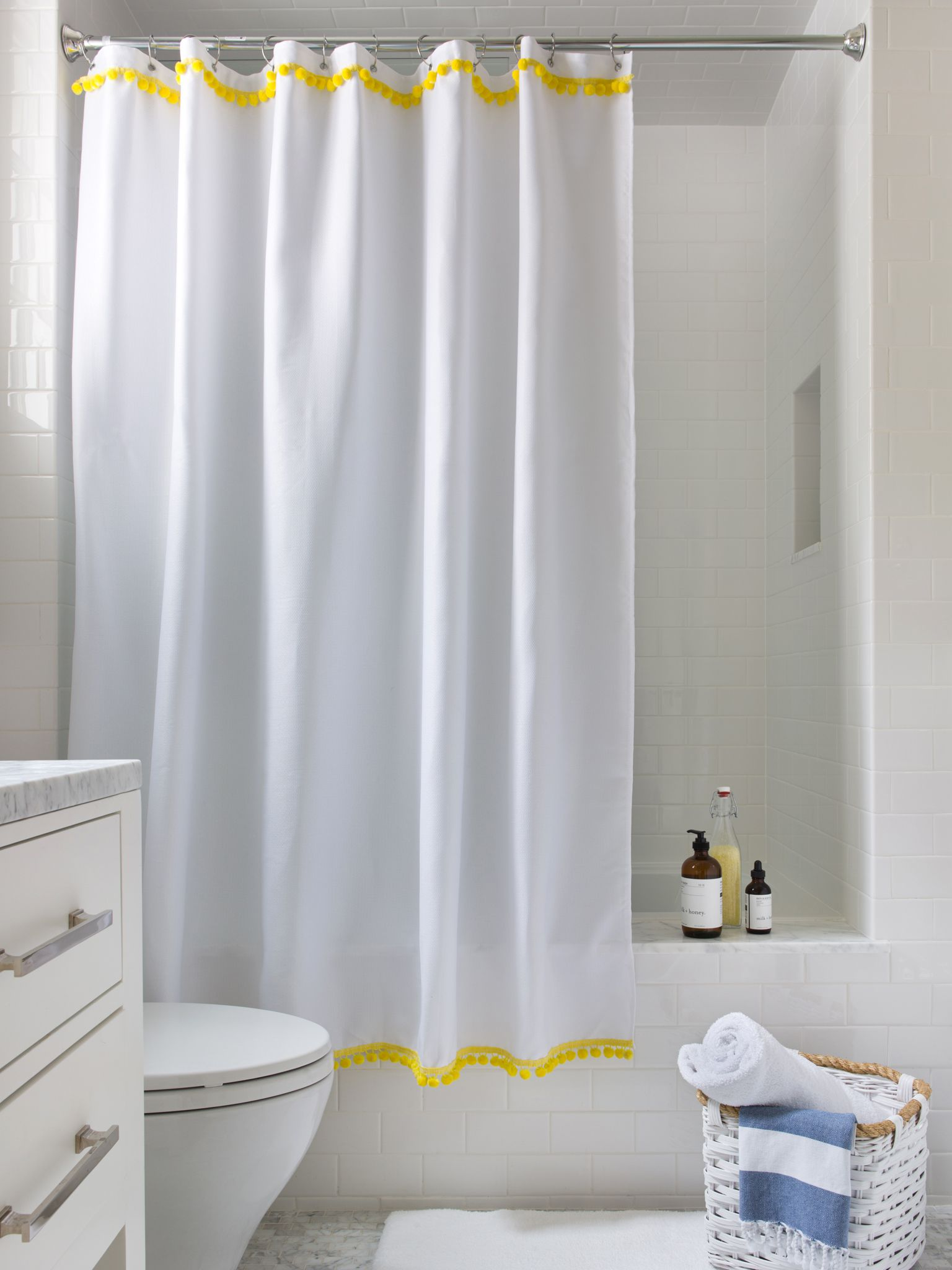 Amazing Bathtub With Bathroom Curtain IDeas also Toilet Plus Rattan Basket