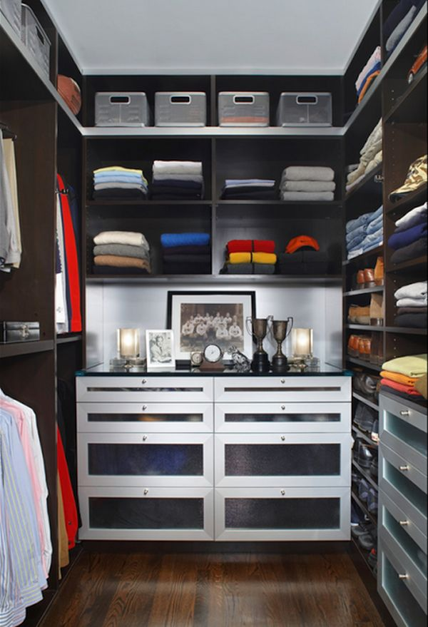 Amazing Design Of The Small Walk In Closet Ideas With Brown Wooden Floor Ideas Added With Black Wooden Shelves Ideas