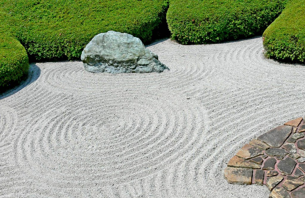Amusing Design Of The Japanese Garden Design With Motives Sands Ideas Added With Rocks And Some Plants And Grass Ideas As The Ideas Of The Front Yard Ideas