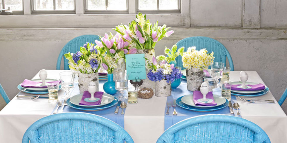 Astonishing Design Of The Table Decoration Ideas With Blue Napkins Added With Blue Plate And White Chairs