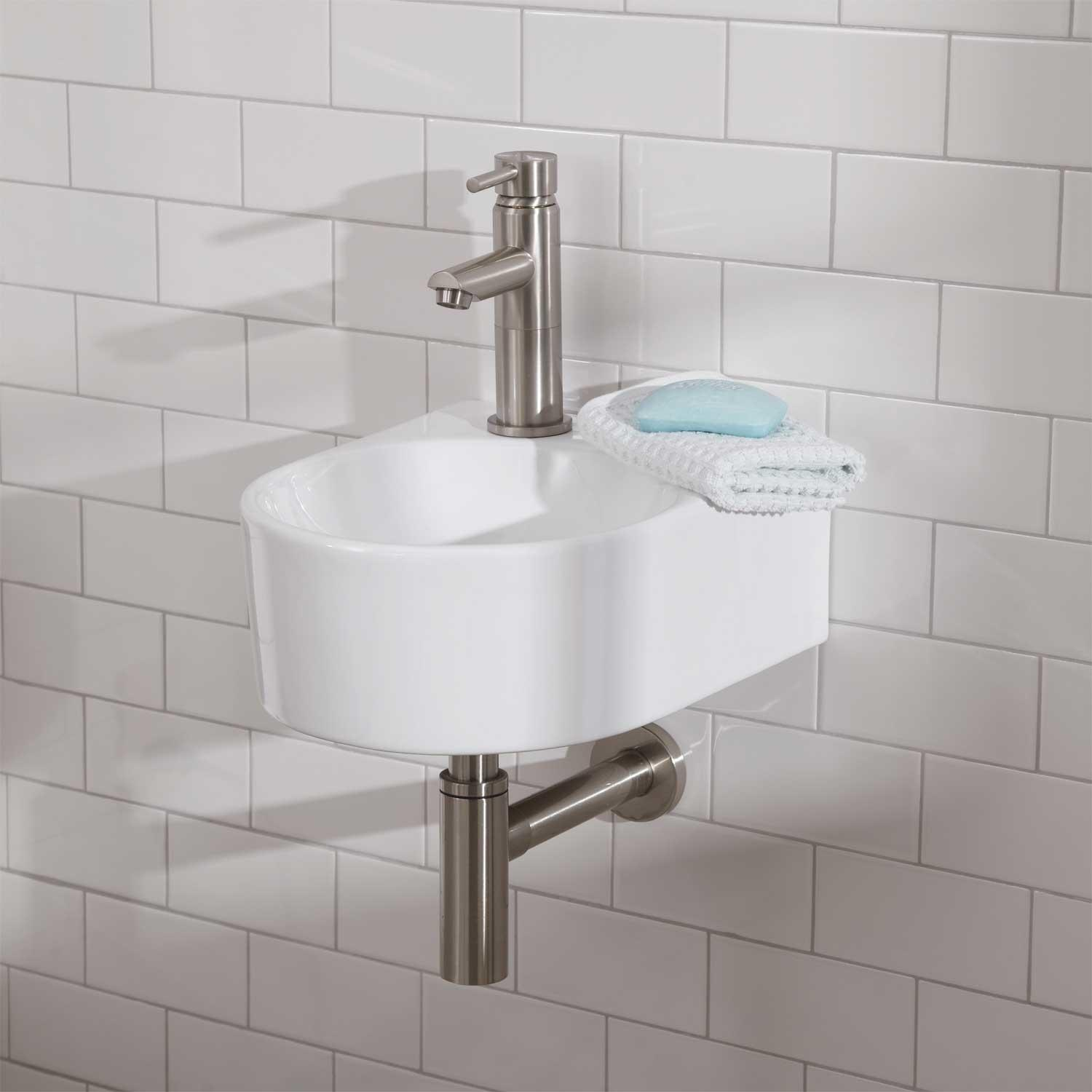 Charmant Astonishing Design Of The Wall Mounted Sink With Rounded Little Sink Ideas  With Silver Faucets On
