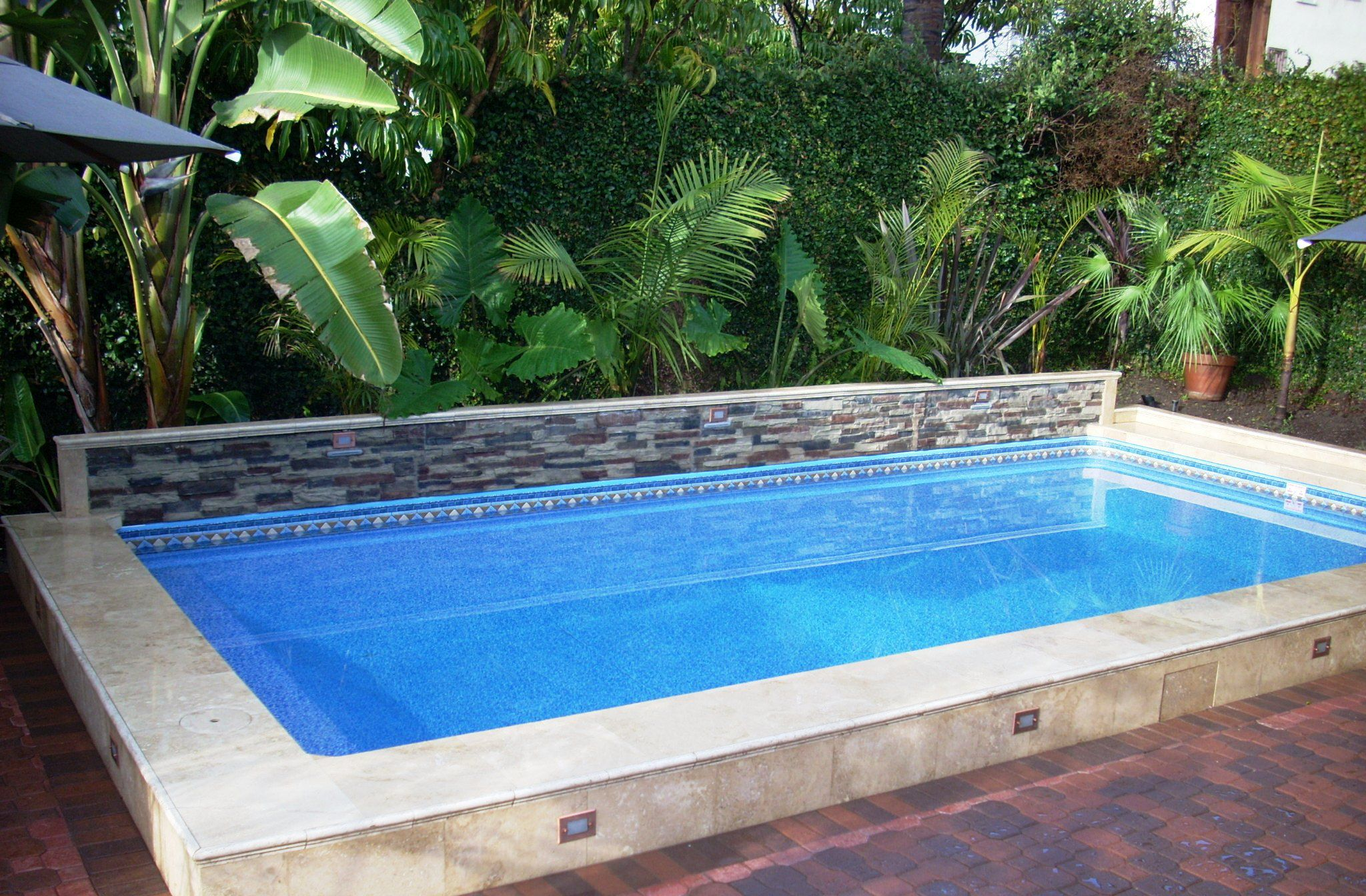Make your house more entertaining with house pool ideas for Ideas for a pool