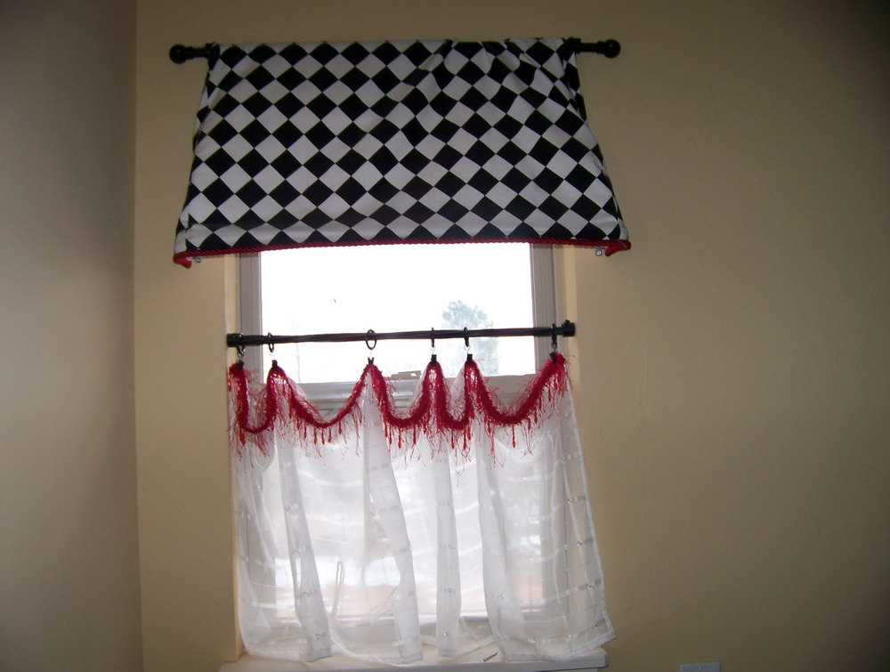 Awesome Design Of The Laundry Room Curtains With White Wall Added With White Curtain And Black And White Curtain Ideas