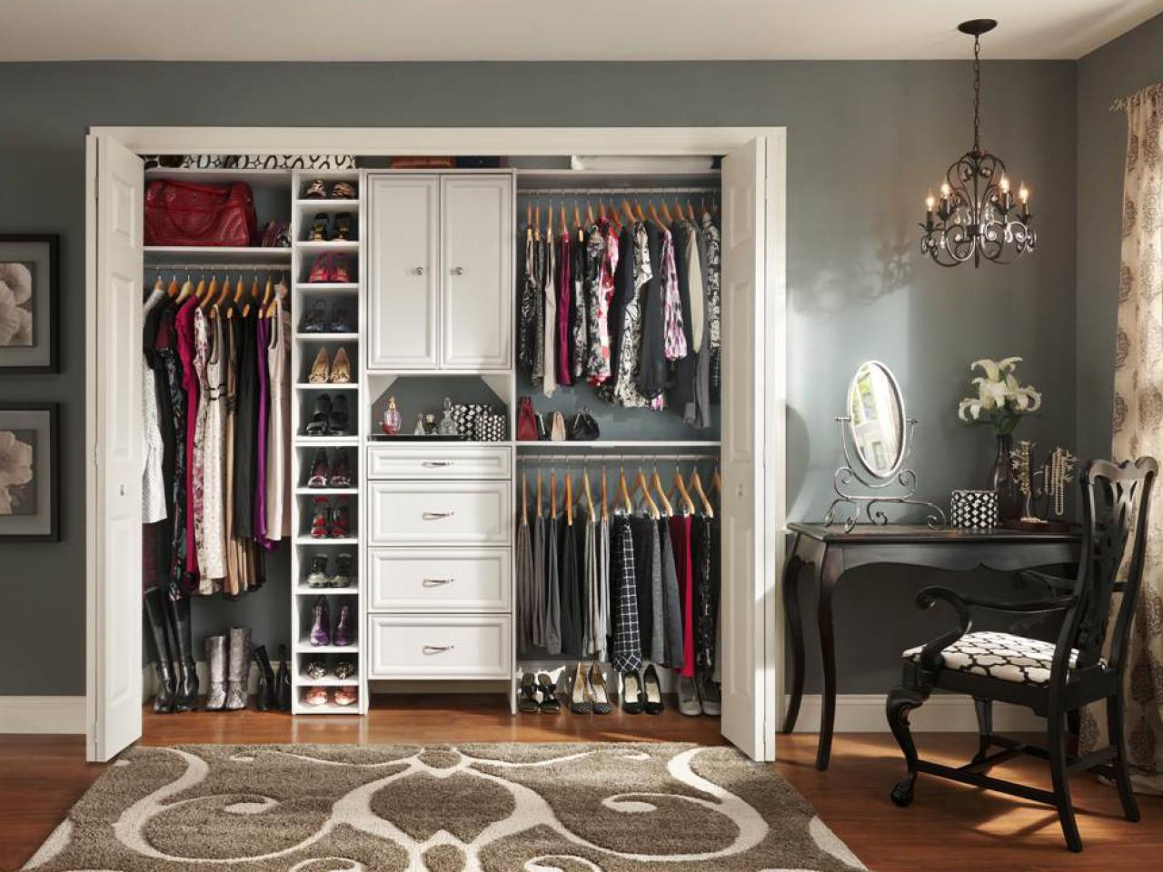Stunning Small Closet Organization Ideas - MidCityEast
