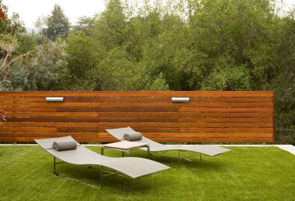 Charmant Awesome Garden Using Wooden Fence Also Charming Long Benches And Table ·  Best Exterior House Design Ideas Using Bamboo Wall Panels Decor