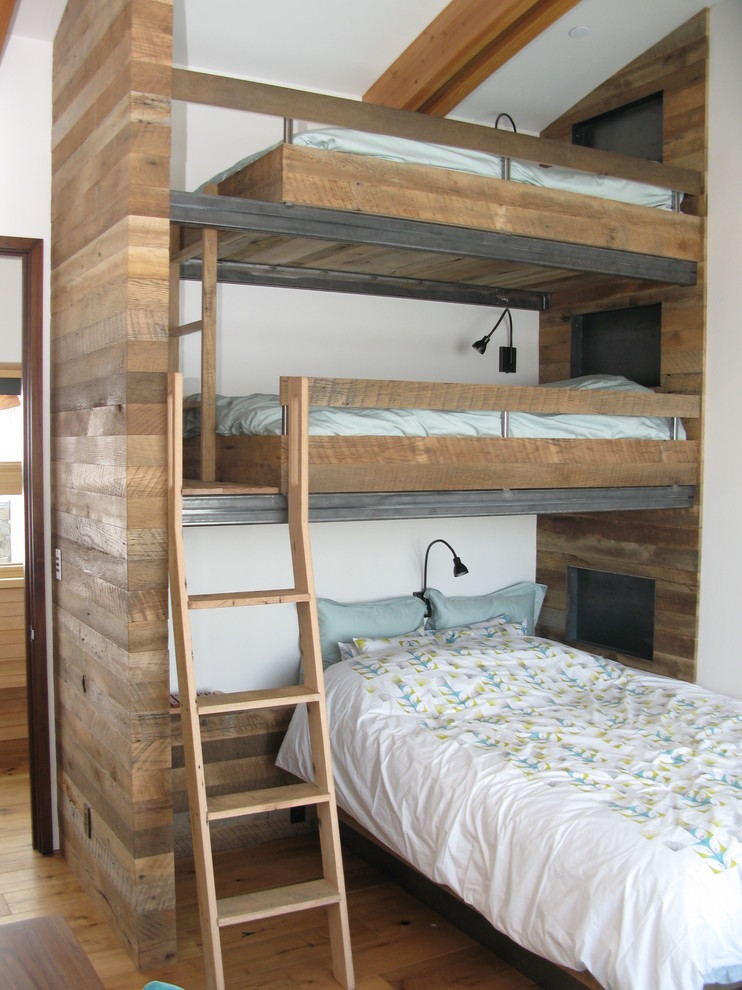 Chic Bunk Beds With Ladder also Dark Arch Wall Lamps