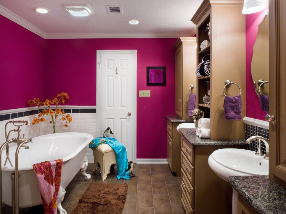 Merveilleux Delicate Bathroom Ceiling Paint Also Maroon Wall Plus Lush Bathtub