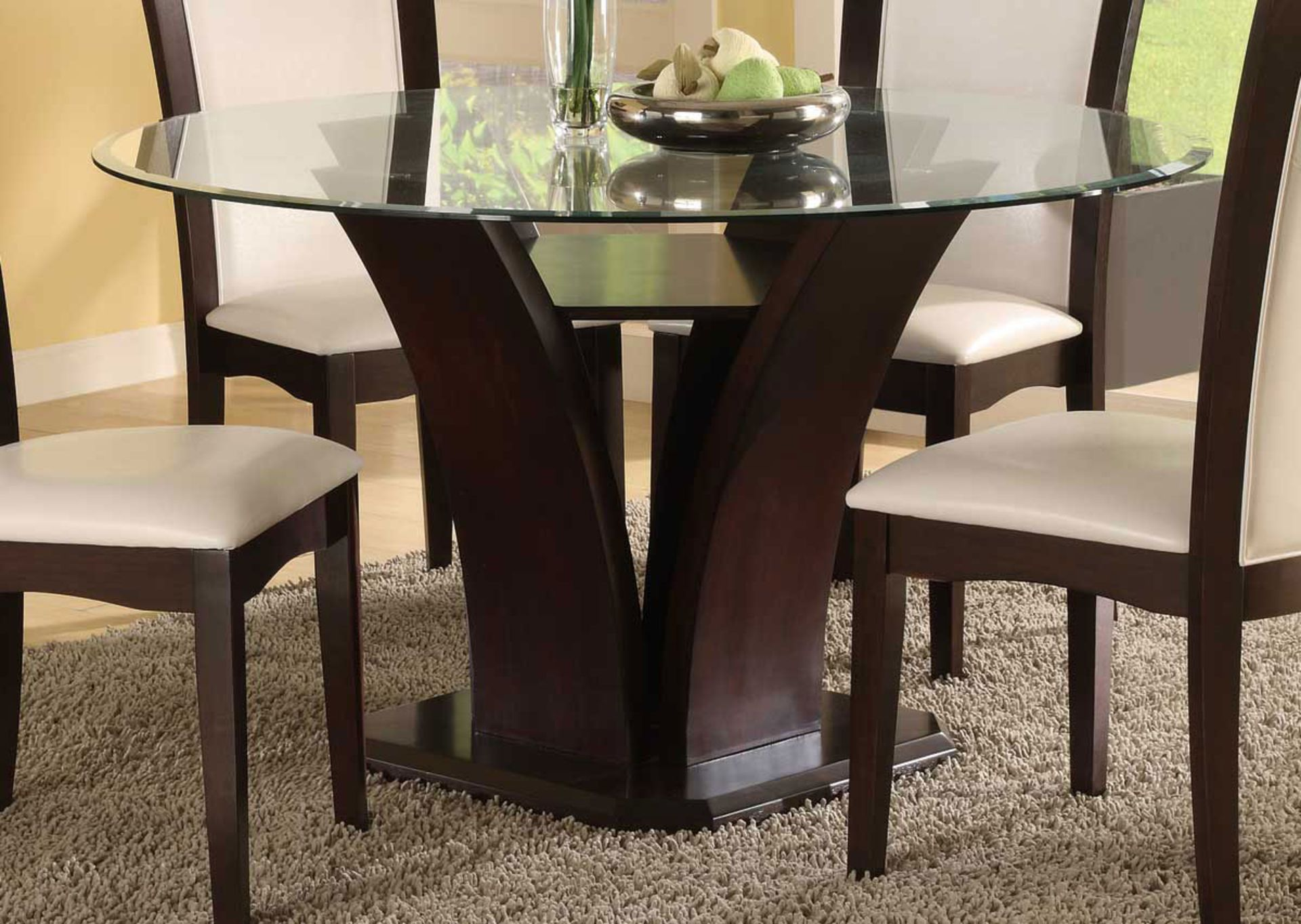 Elegant Design Of Modern Round Dining Table With Glass Top