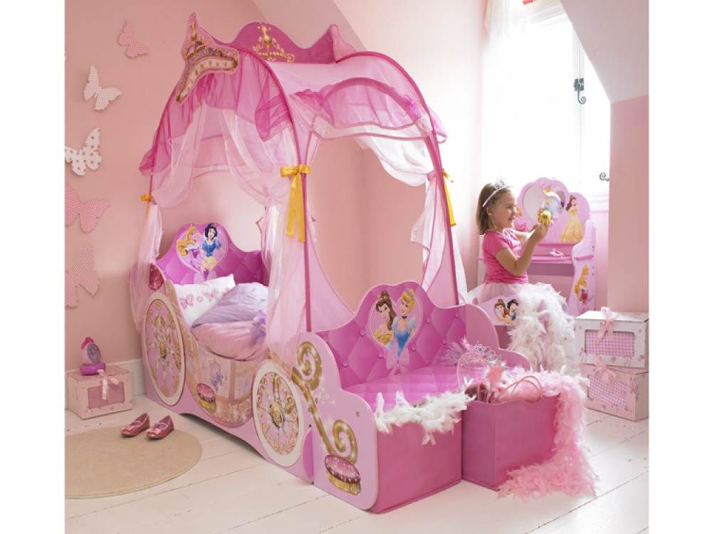 Fantastic Design Of The Princess Canopy Bed With Cute Pink Curtain And Pink Wall With Butterfly Decoration