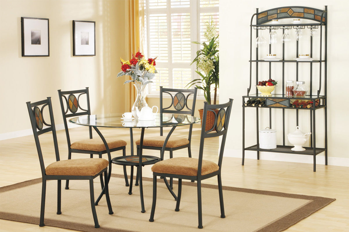 Choosing glass dining room tables for small space for Dining room glass table