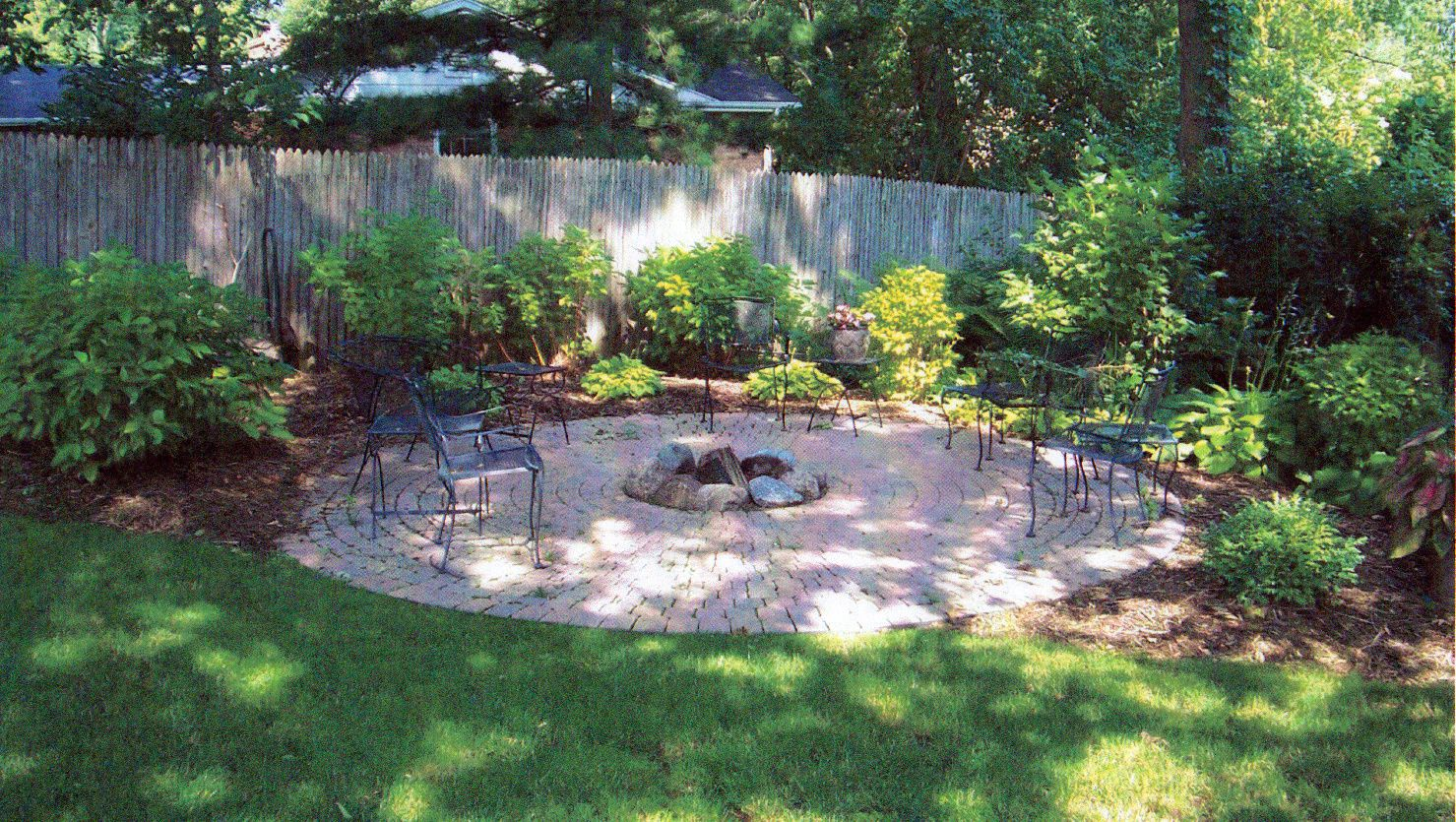 Simple Backyard Ideas: Earning a Great Place to Have Good ... on Cool Backyard Designs id=58089