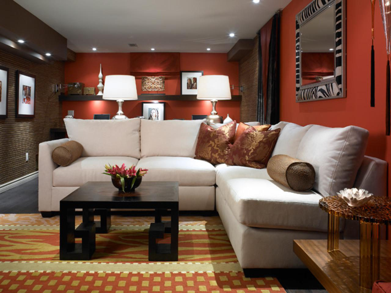 Hunky Interior Basement Decorating Ideas With Sectional Sofa and Black Coffee Table