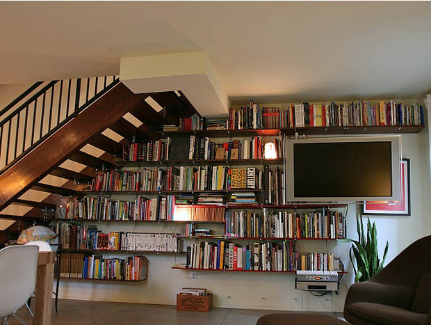 Impressive Wooden Wall Mounted Book Shelves Design Idea Under Staircase