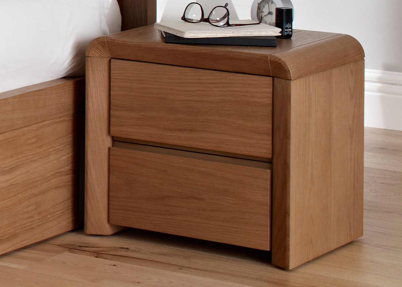 Incredible Design Of The Bed Side Tables With Brown Oak Wooden Color Materials Added With Brown Wooden Floor And Bed Ideas