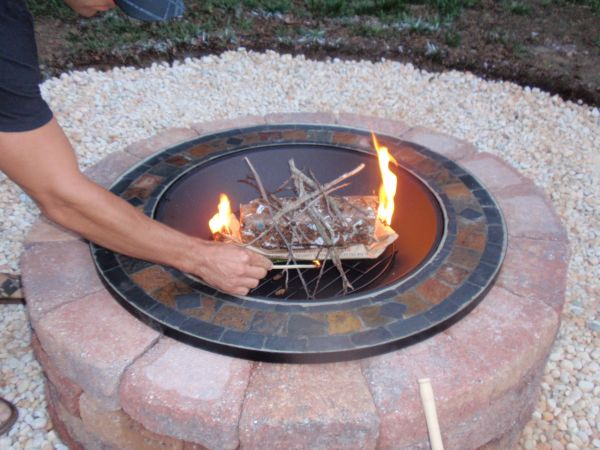Charmant Interesting Outdoor Decoration Ideas Using Round Fire Pit Seating Also  Pebble Floor