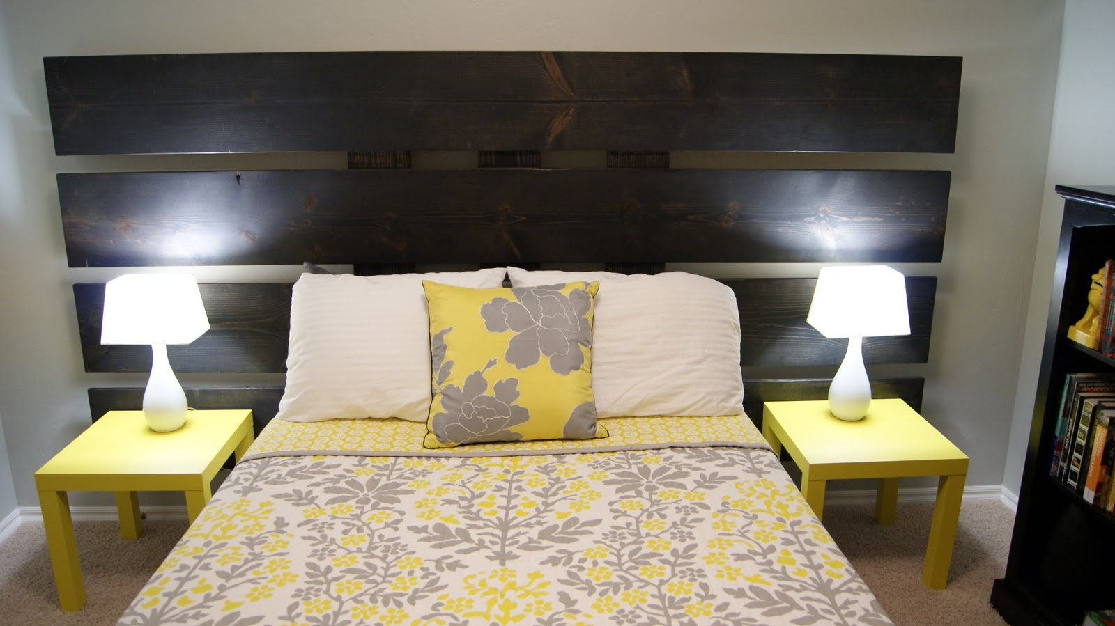 Some ideas of the stylish decorations and designs of the for Bedroom yellow paint