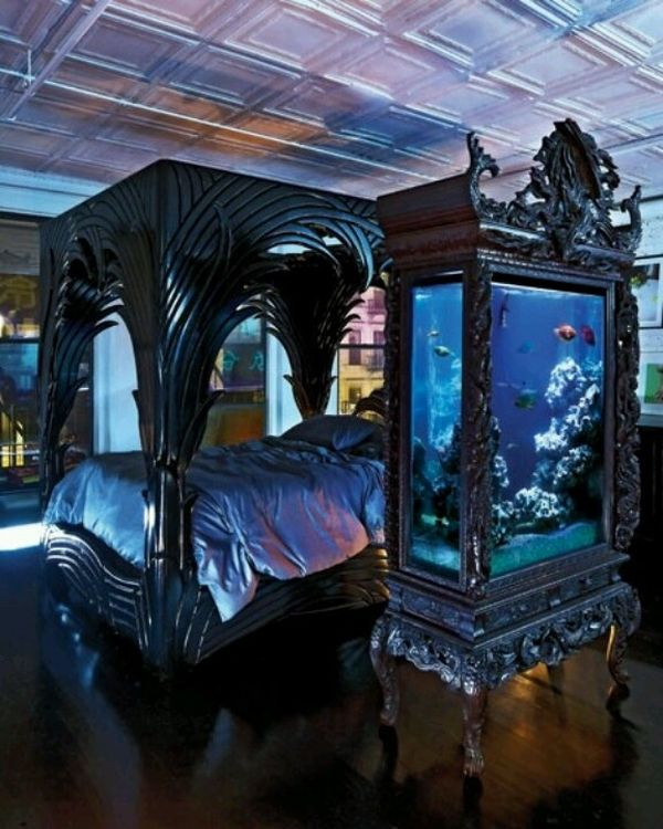 Luxurious Bed With Canopy Near Aquarium For Best Gothic Decor