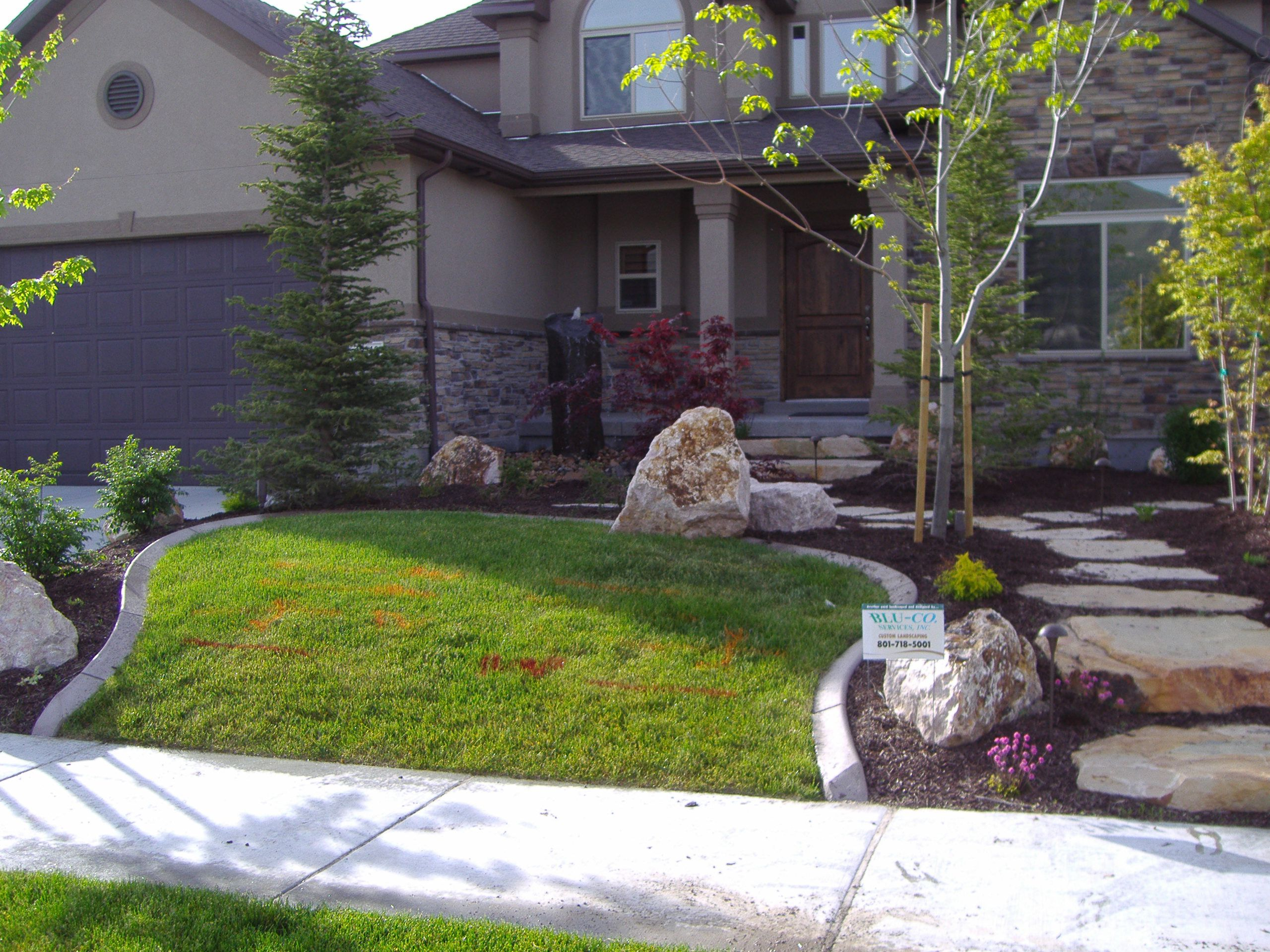 Exceptionnel Magnificent Stone Path Also Grasses And Trees For Yard Decor · Marvelous  Design Of Small Yard Landscaping ...
