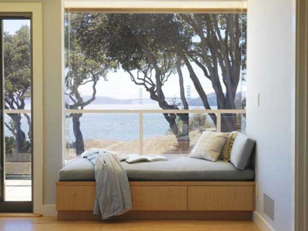 Minimalist Window Seat Design Idea With Comfortable Mattress and Pillow