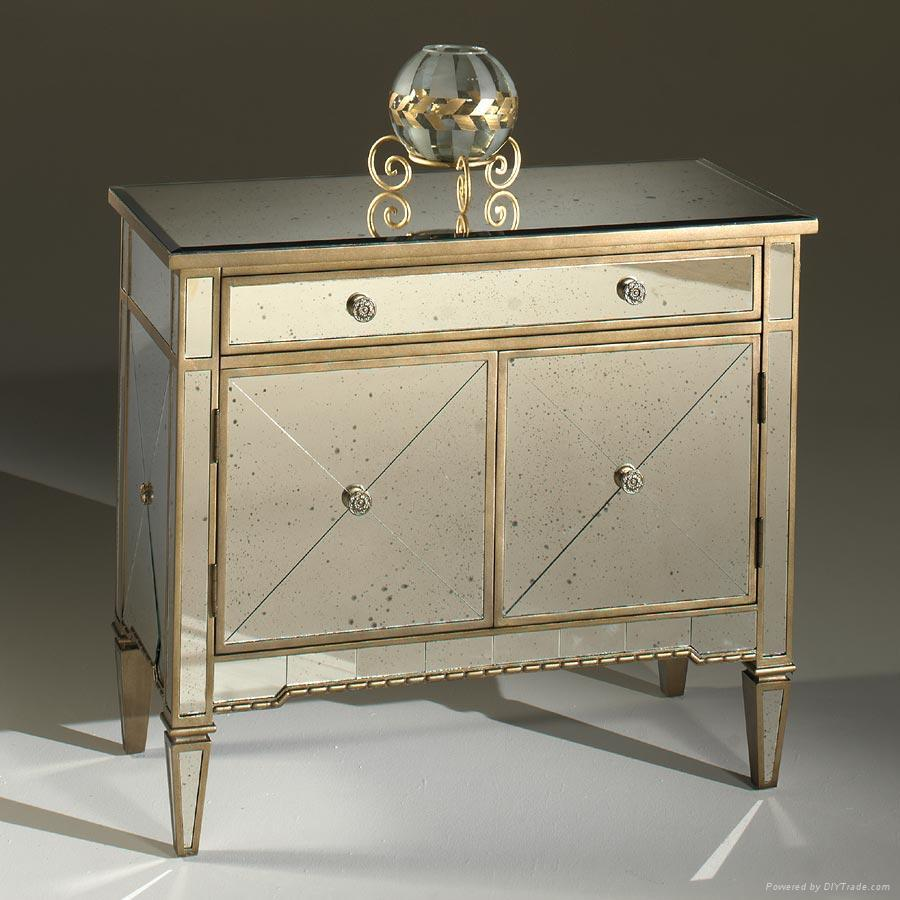 Pleasant Vanity Design Ideas Using Three Drawers and Crystal Accessory on Top