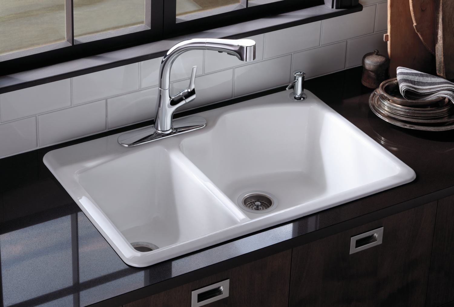 How to choose white kitchen sink midcityeast for Second cuisine