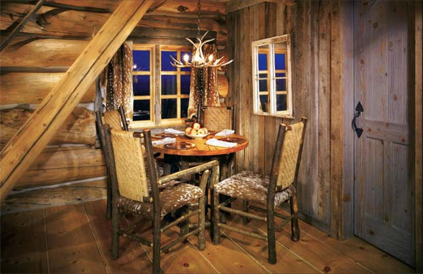 Small Room With Rustic Interior Design of Table and Chair