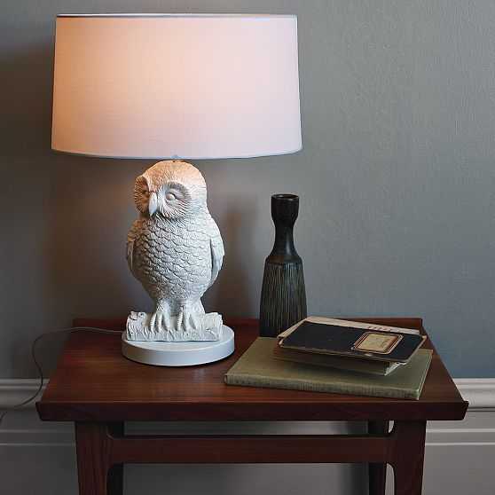Unique Table Lamp Design Using White Drum Shade and Owl Pipe