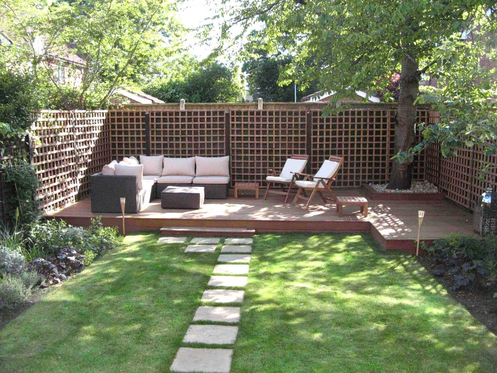 Merveilleux Adorable Patio With Nice Floor Also Fence Plus L Shape Sofa As Backyard  Privacy Ideas