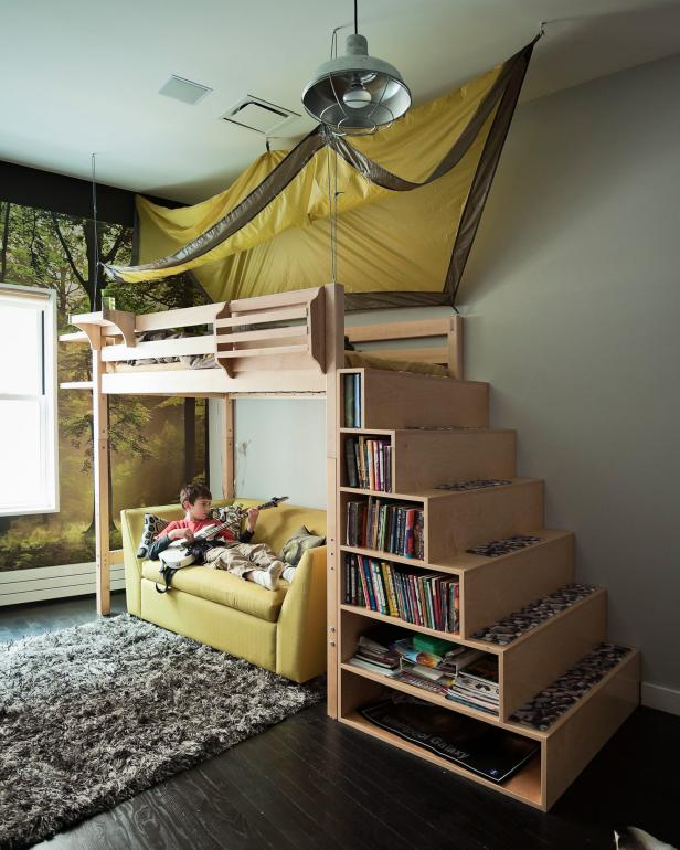 Awful Kids Room With Book Storage on Bunk Bed Ladder